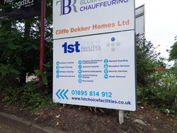 Post & panel signs - Colnbrook
