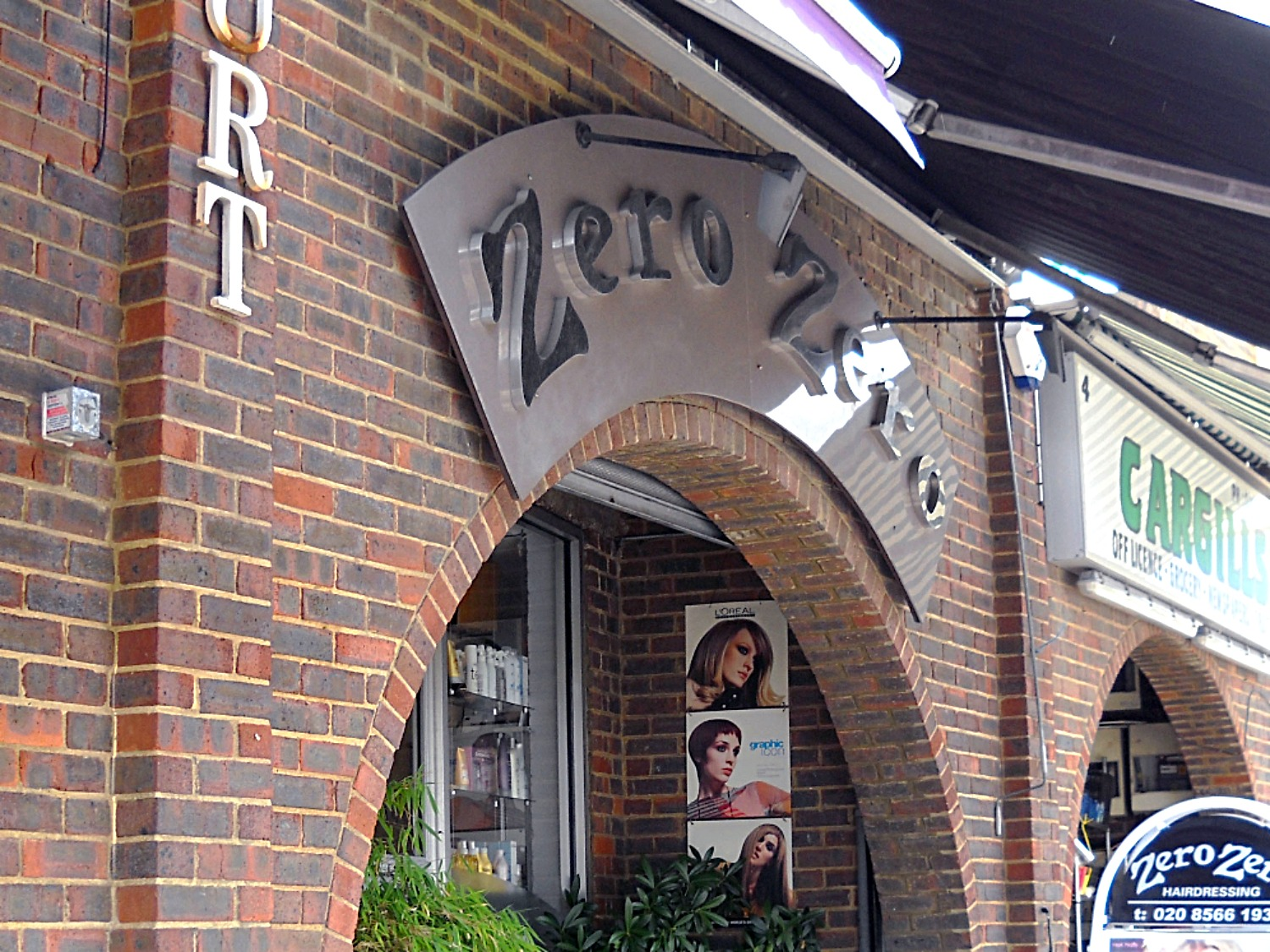 Hairdressers sign - Ealing