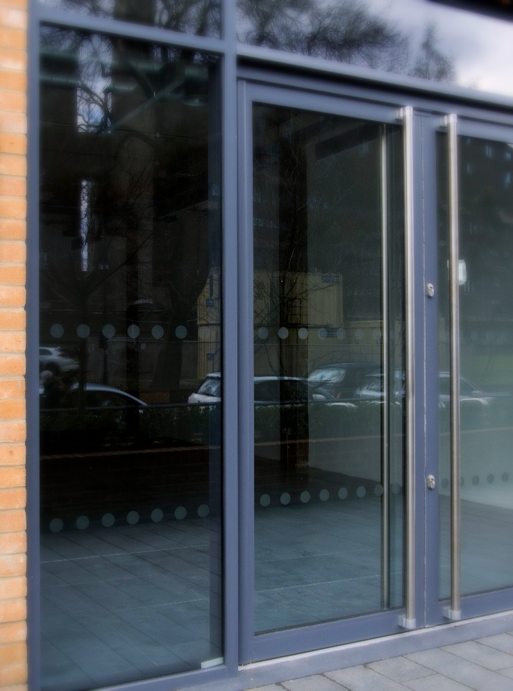 Glass safety manifestation