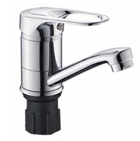 Смеситель для ванны с коротким изливом (крепление гайка) ЭВЕРЕСТ 11598070