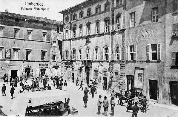 PIAZZA UMBERTO I - 1905Storiche archivio