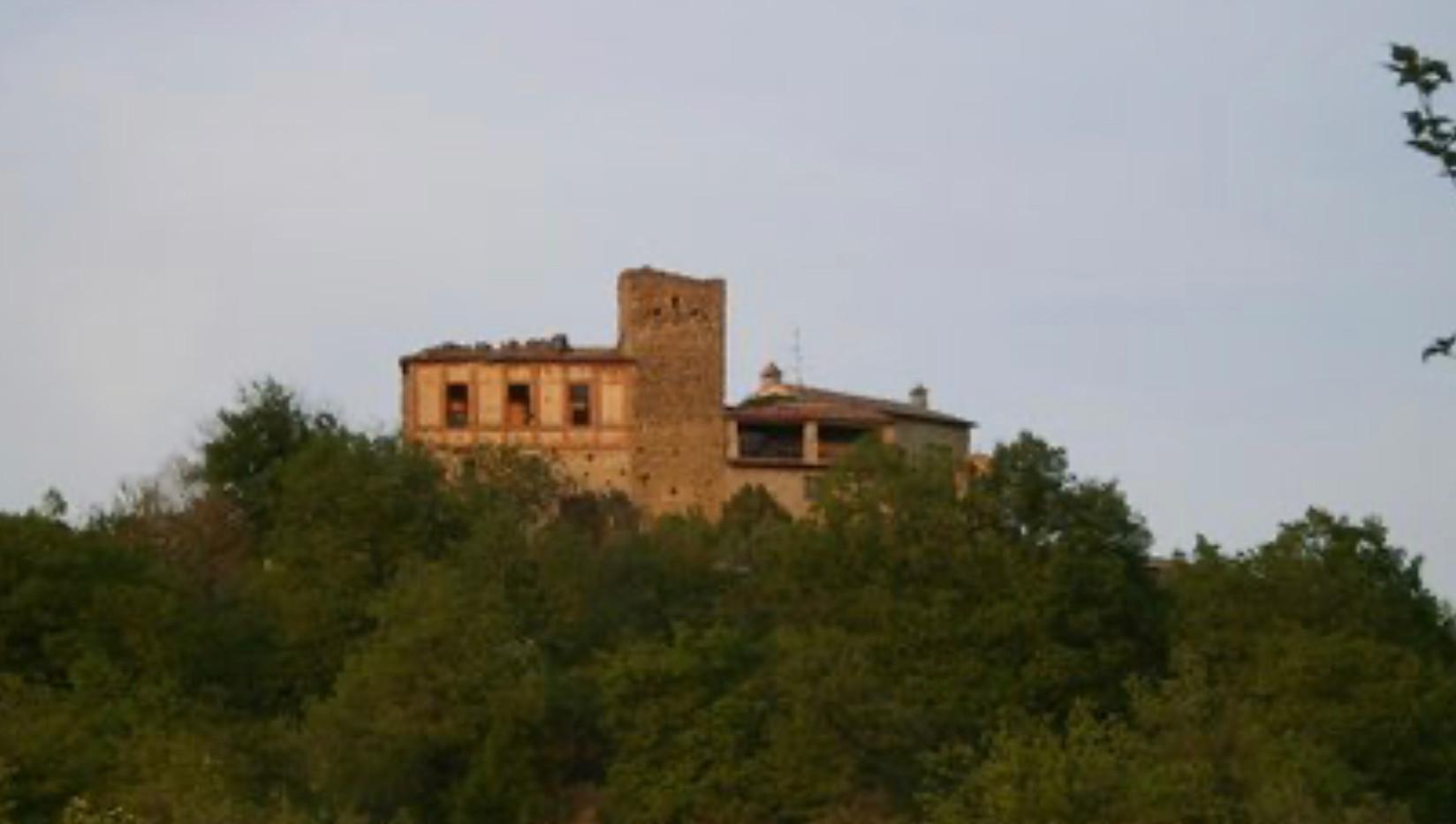 Castello di Poggiomanente.jpg - fonte web