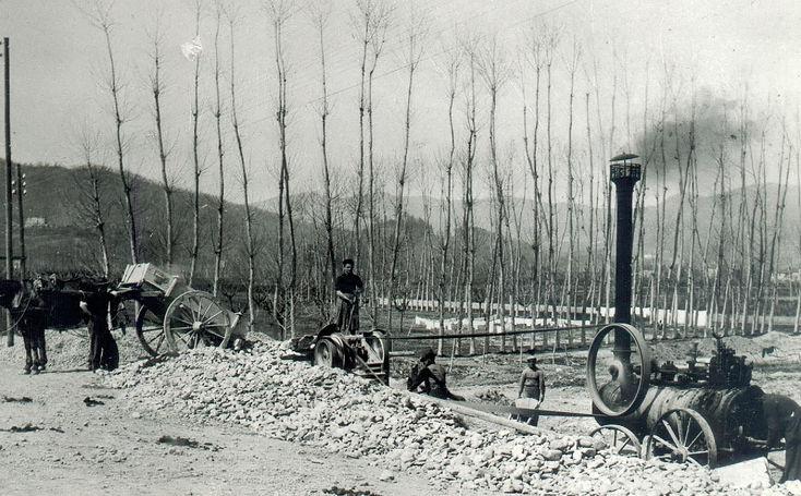 Foto_16_-_3.4.1939._Lavori_stradali_pres