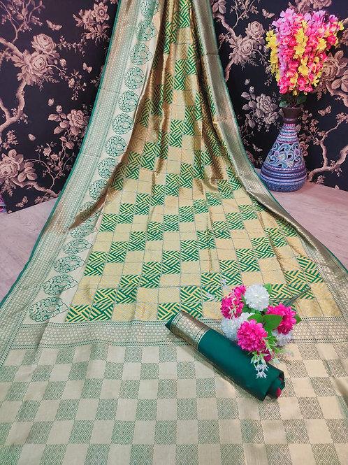BEAUTIFUL SOFT BANARASI SILK SAREE WITH BEAUTIFUL WEAVING