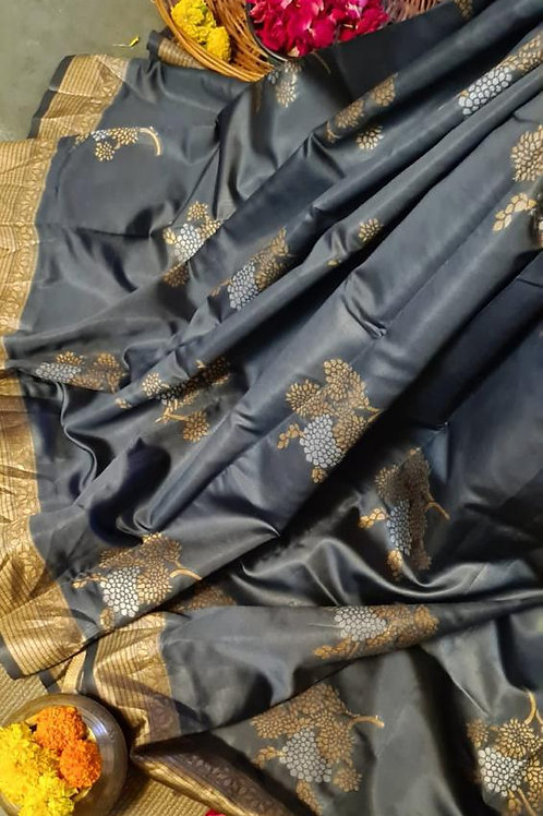 beautiful Kanchipuram Silk Saree a mesmerising dream