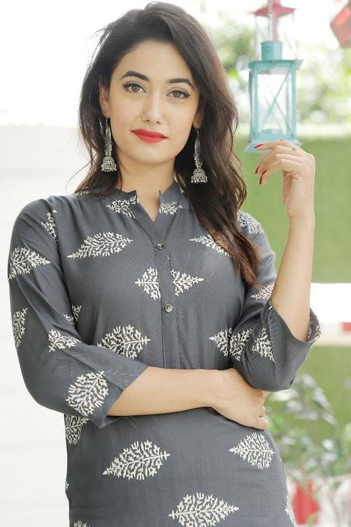 Beautiful Rayon fabric printed kurti with lining Pant