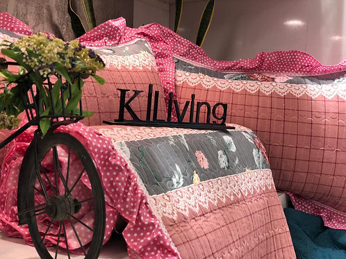 ROSIE REVERSABLE QUILTED BEDCOVER IN KING SIZE