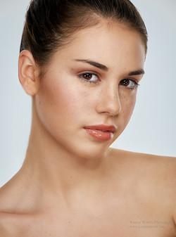 K14_7086-27-Kamal Mostofi-Beauty_LMA_Hollie.jpg