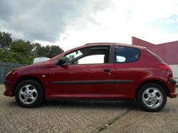 Peugeot 206 Passenger side.JPG