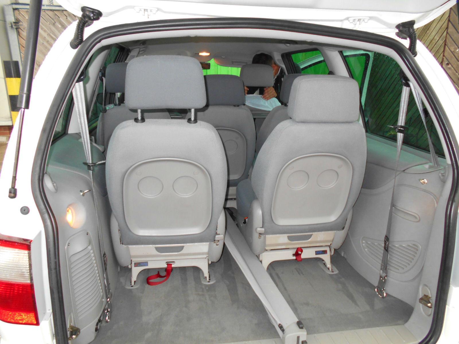 Ford Galaxy Inside Rear.JPG