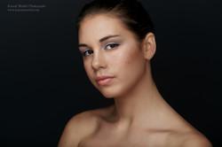 K14_7220-158-Kamal Mostofi-Beauty_LMA_Hollie.jpg