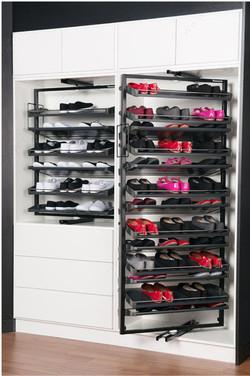 Revolving Shoe System