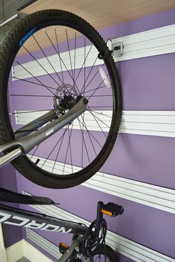 TRACK WALL_Garage_Bike-Hook_img2