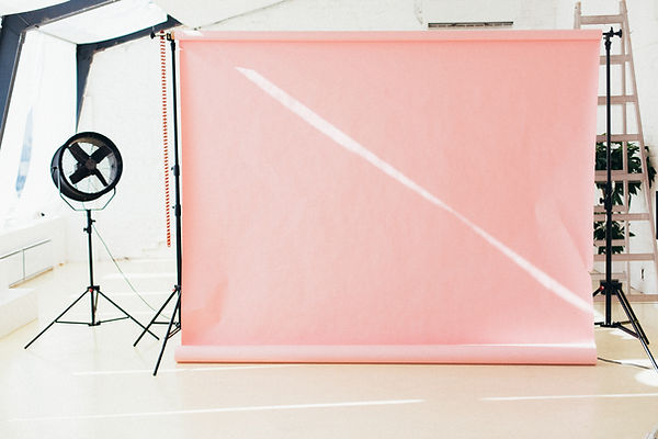 pink-photo-booth-3673755.jpg
