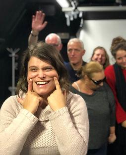 Stefanie Van Der Borght: Stefanie trekt haar mondhoeken zachtjes omhoog tijdens de eindscène van Toen De Goden Sliepen. Repetitiefoto.