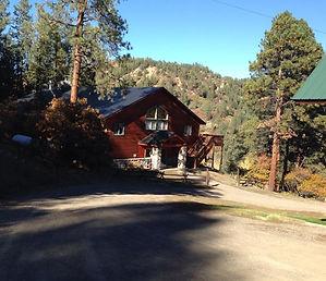 Echo Canyon Lodge
