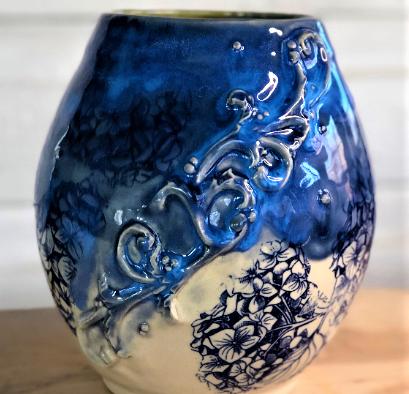 Rococo Vase.png