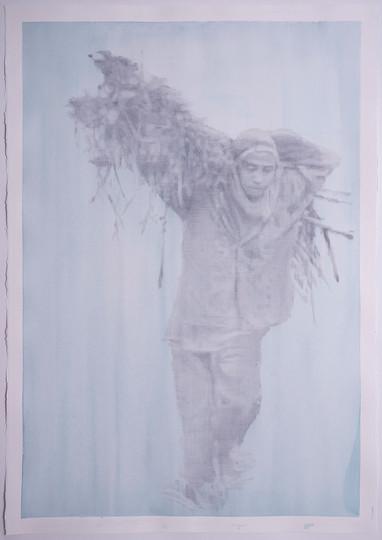 건초더미를 들고있는 사람3, 판화지에 아크릴, 흑연, 109.5x79.5cm, 2018