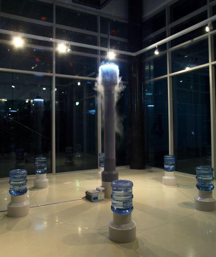 유리 물 안개 소리 (소리탑), 스피커, 물공급장치, 형광등, pvc
