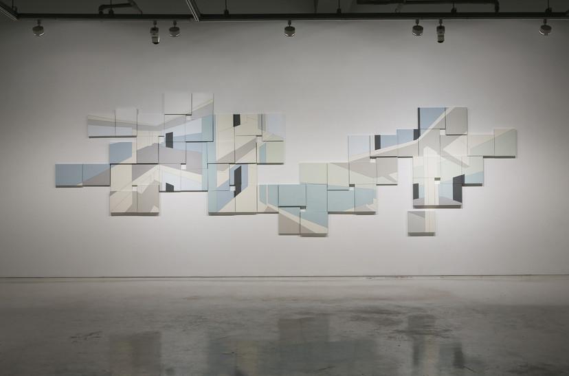 Balmy days, Acrylic & Line-tape oncanvas,55pieces, each 27.5 x 35(cm), 2012, 작가소장
