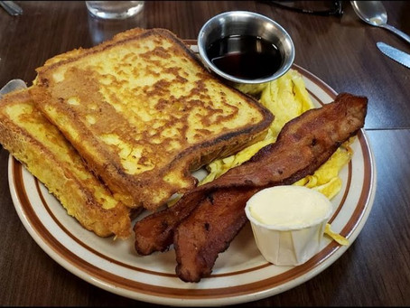 Hole 'n One Restaurant has the best breakfast, lunch or dinner in all of Sun City West, AZ!