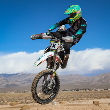 Support Local Moto SVMX