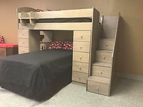Bunk that looks like a boat or nautical theme