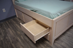 Twin Katelyn Bed Drawers