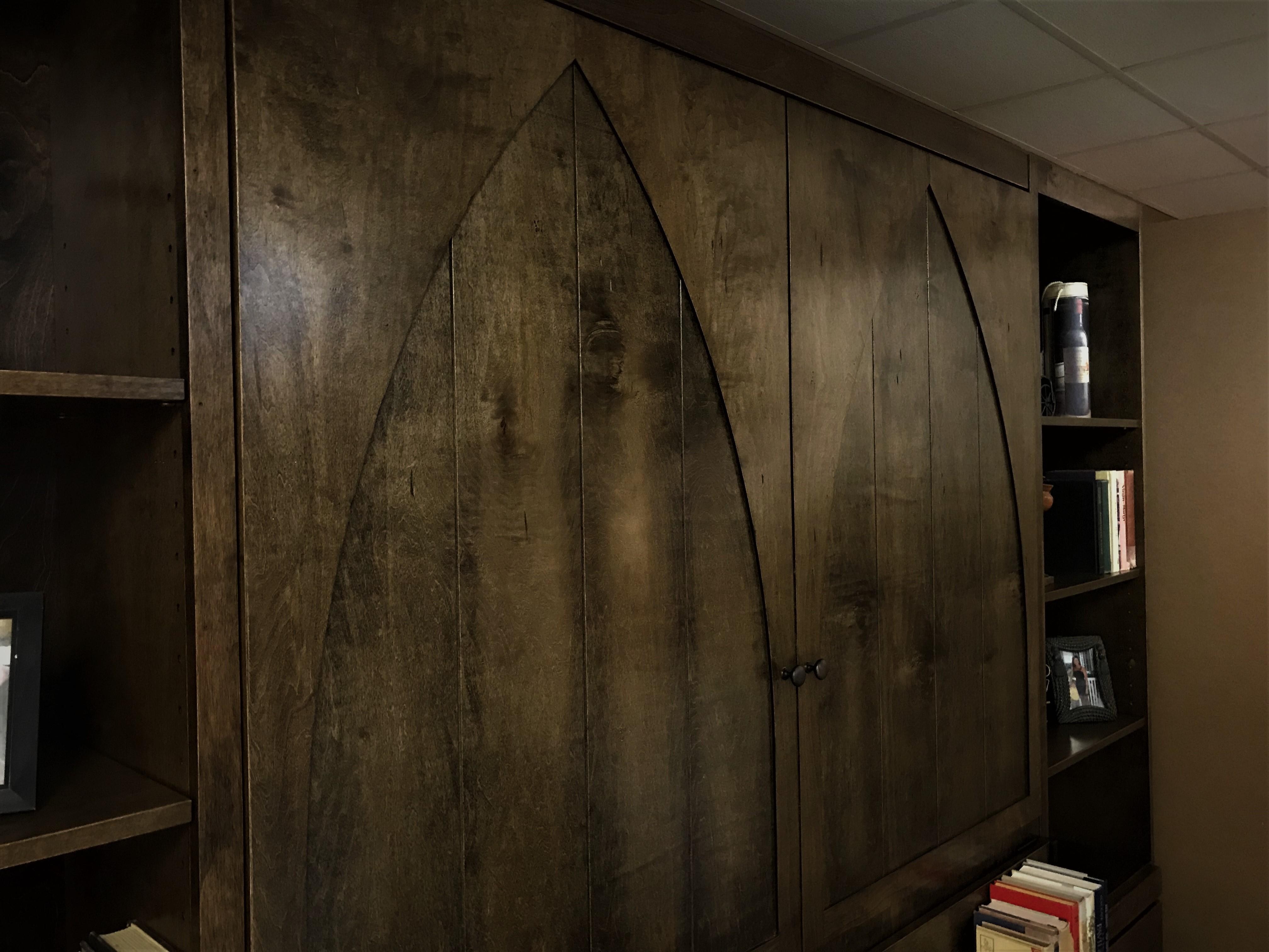 Gothic Arch Murphy Door