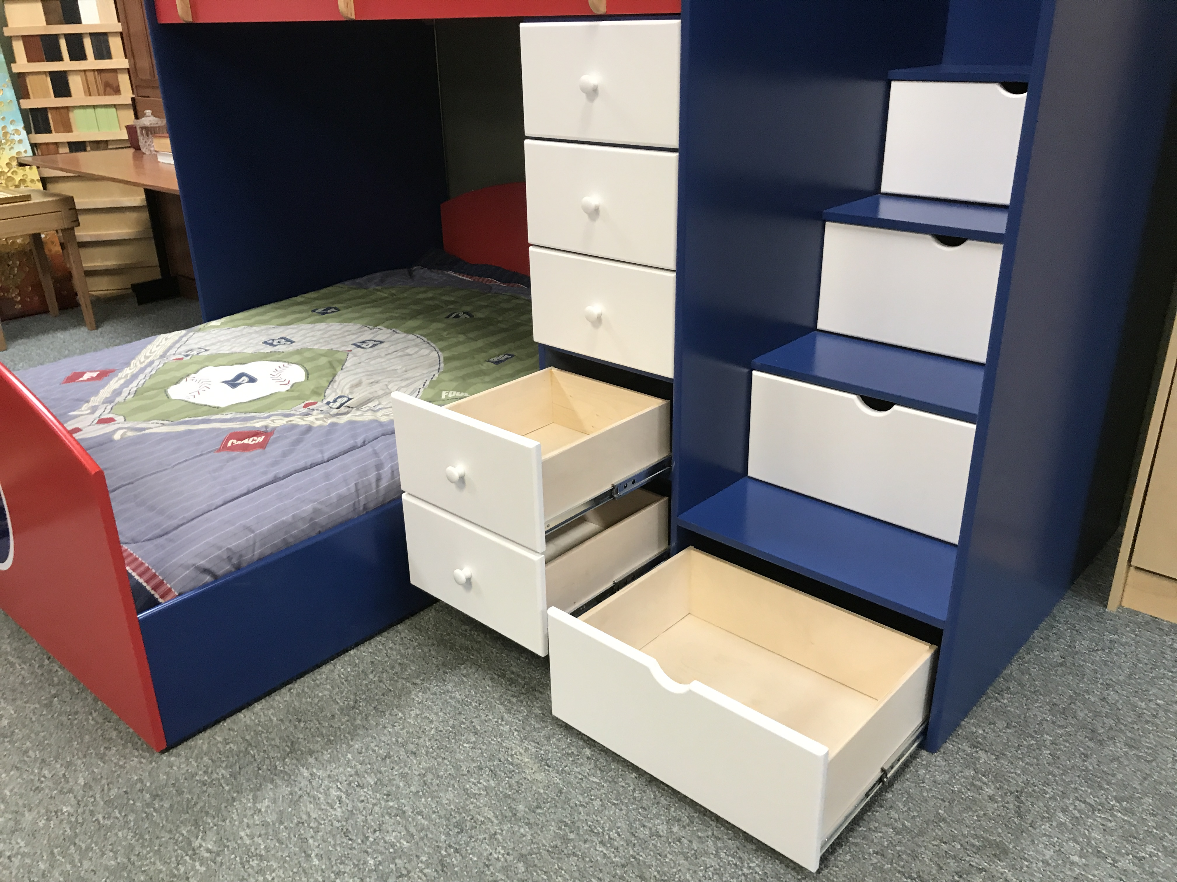 Cubs bed drawers
