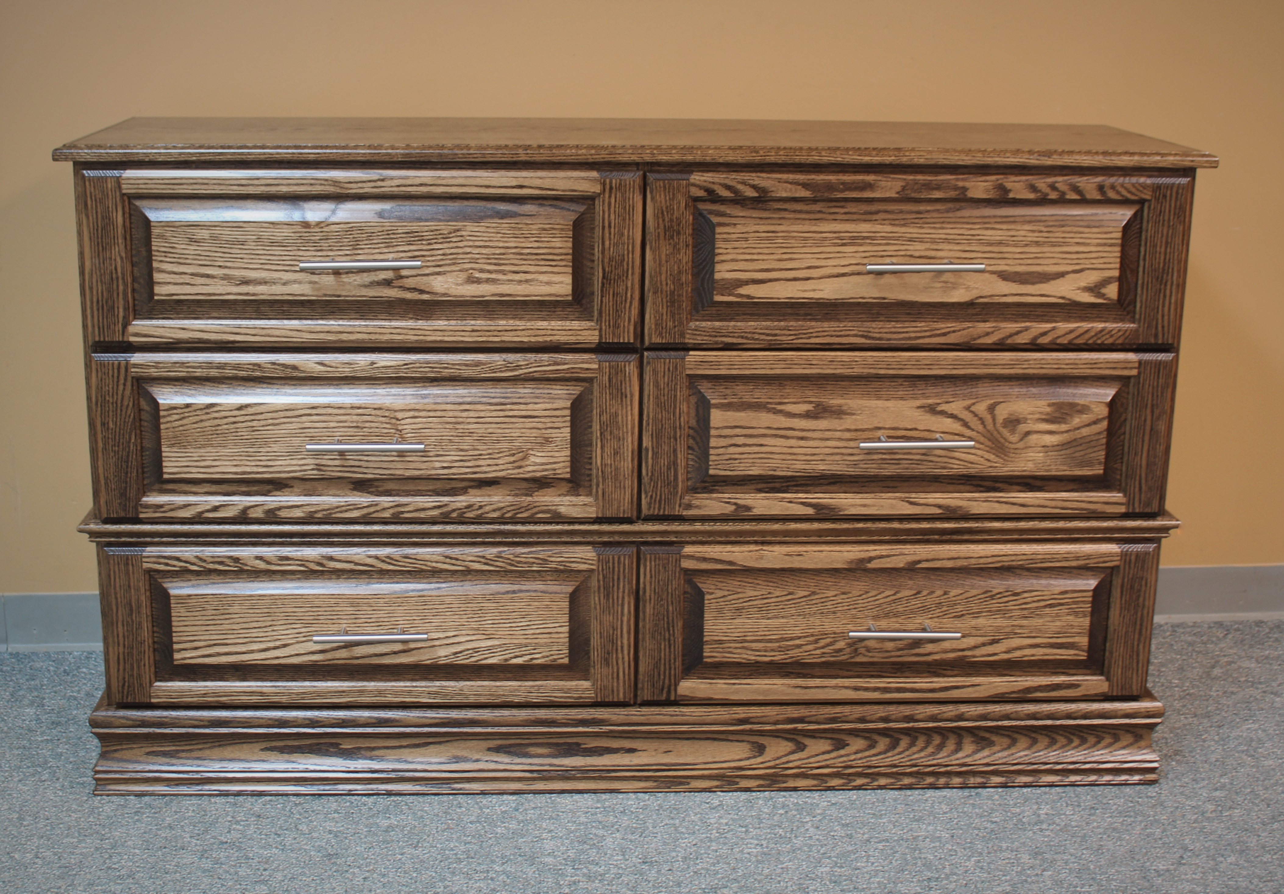 Brino Dresser