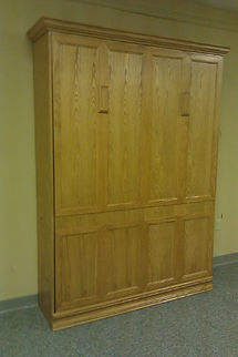 Murphy bed with wider molding on face