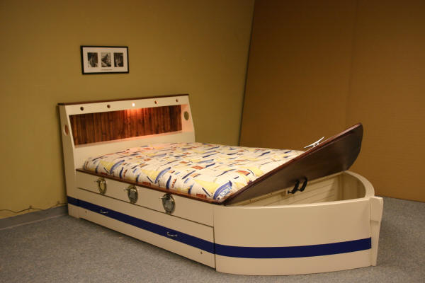 Standard Boat bed White/Blue