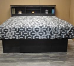 Platform bed Front