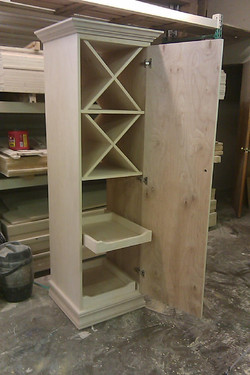 Building the wine cabinet