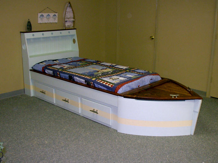 STandard Boat w/Drawers