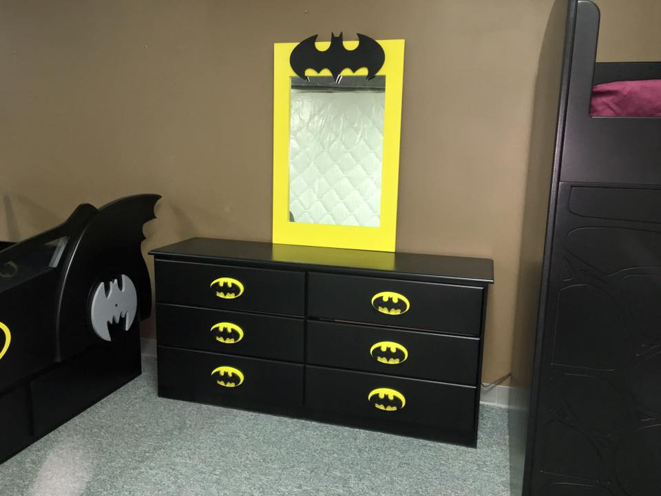 Bat Dresser and Mirror