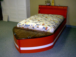 Standard Boat Red/White
