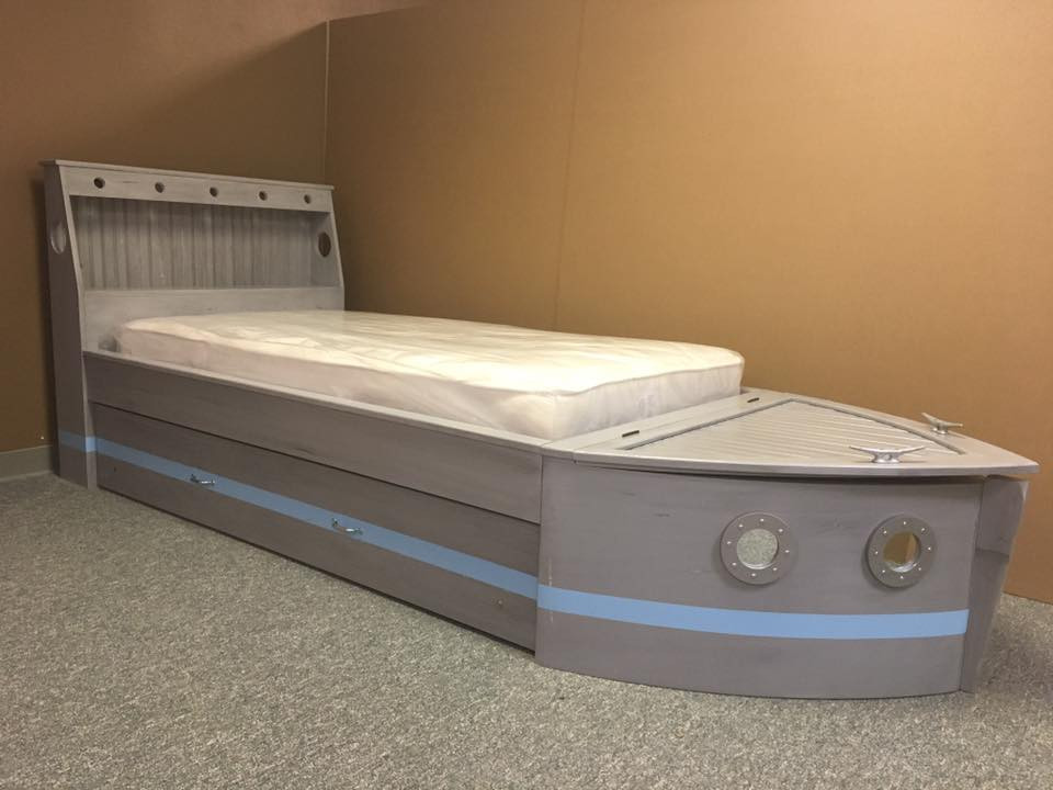 Boat bed gray