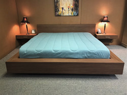 Floating Bed Front