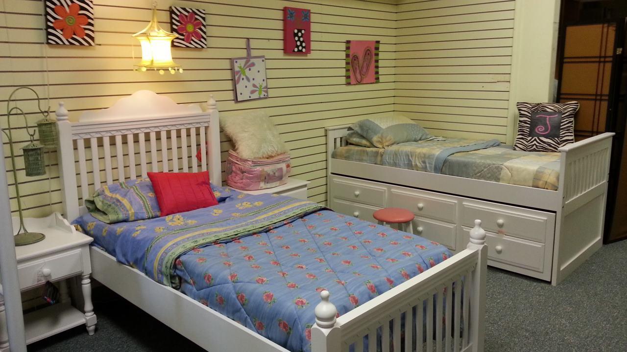 More Kids showroom