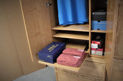 FLW 1 Wardrobe Pullout