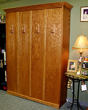 Lake side murphy bed with crown
