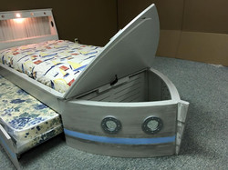 Boat Bed Lid and Trundle