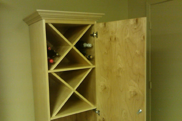 Wine cabinet upper section