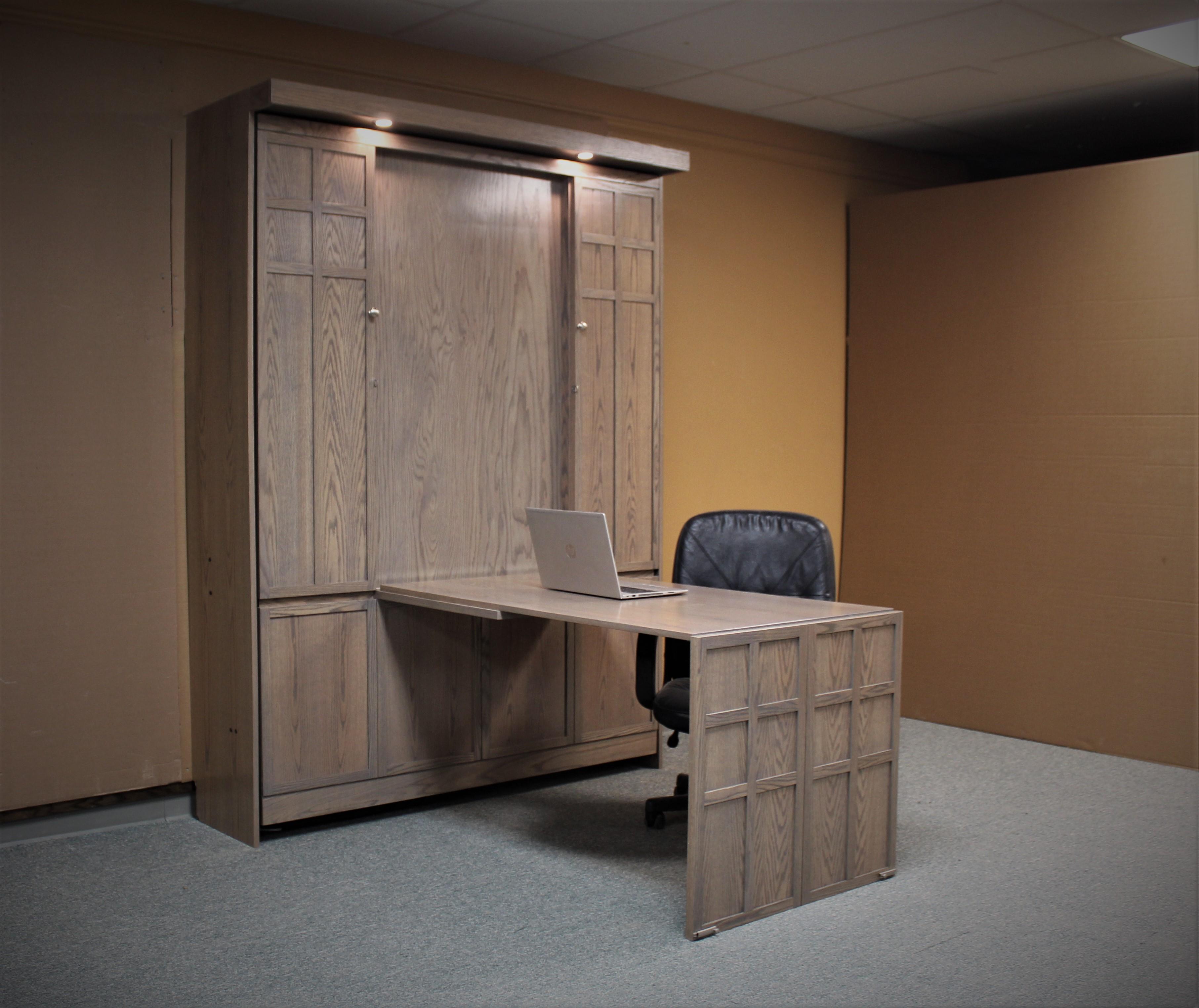 134-0421C Desk