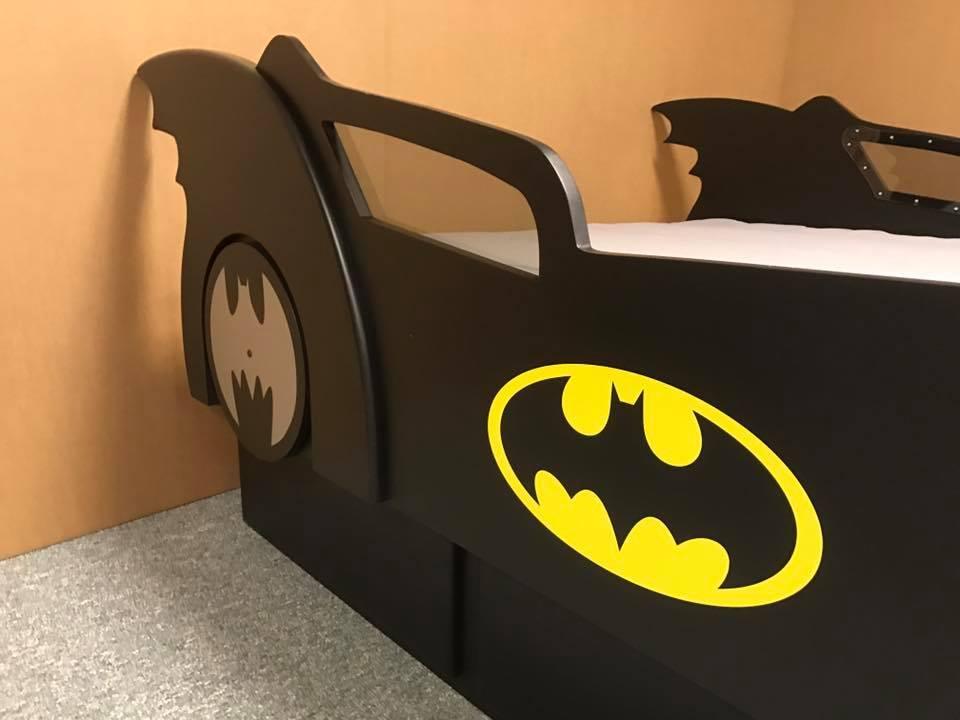 Batmobile Queen Window