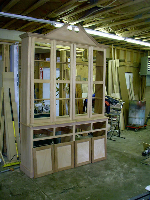 Federal China Cabinet Build