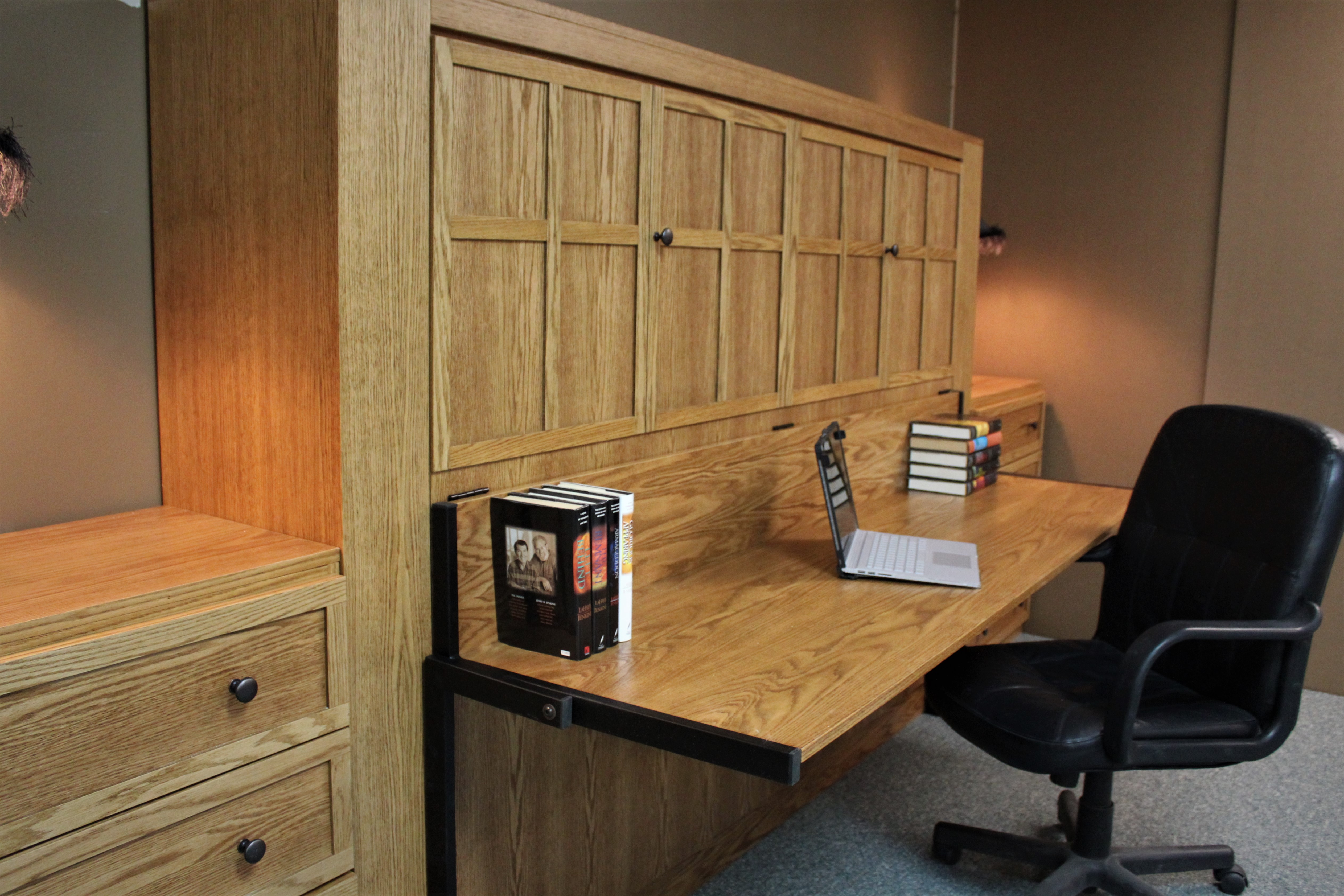 Horizontal FLW Desk