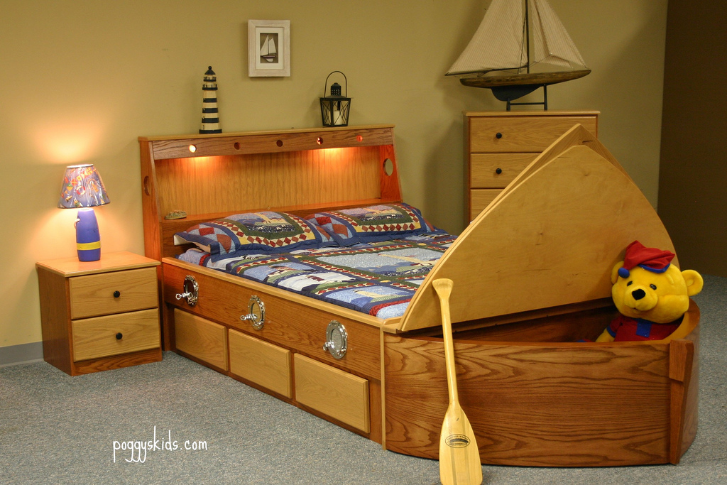 Oak Boat bed with Bow up